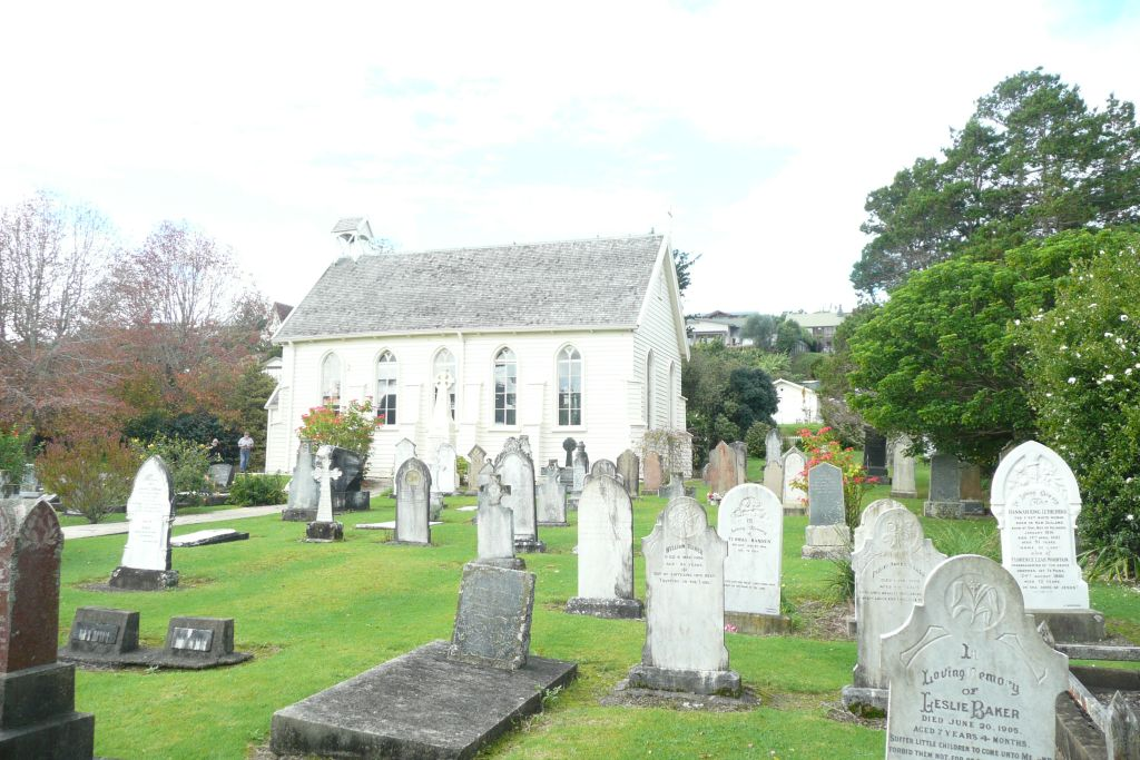 Christ Church, Russell